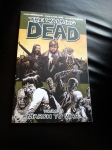 March to War (The Walking Dead, #19)